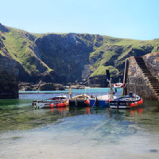 Boats Mullion Harbour, Luxury holiday cottage, sea views, beach, seashore, cove, sea views, Lizard, Cornwall, Mullion seaside,